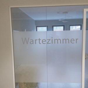 Sichtschutzfolie Hamburg - Allgemeinarzt | Zahnarzt - Arztpraxis - Büro